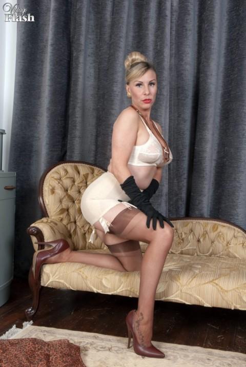 vintage-ff-nylon-stocking-ladies-