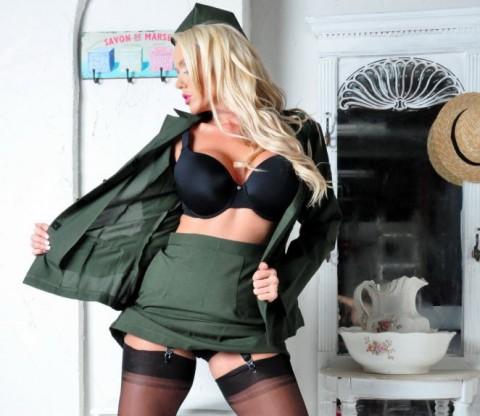 lucy-zara-nylon-stockings-milf
